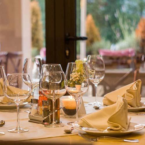 Fine dining at Nordick's Inn